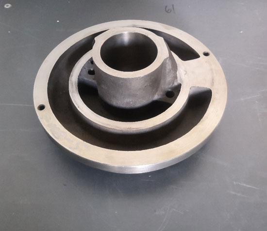 淄博钛泵盖